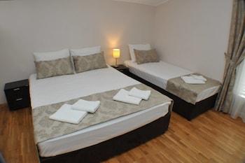 ブドヴァ、M クラブ ホテルの写真