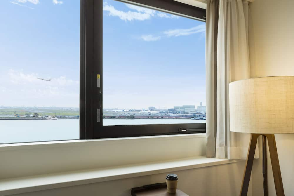 Non Smoking Standard Twin Room (Airport view 3rd - 4th floor) - Guest Room
