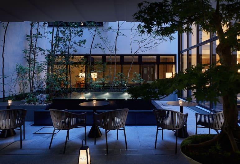 京都御池麩屋町三一雷索爾飯店, Kyoto, 露台