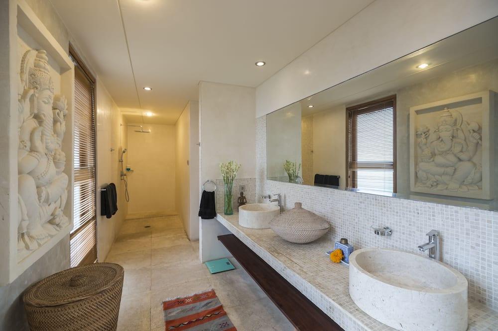 Villa, 3 Yatak Odası - Banyo