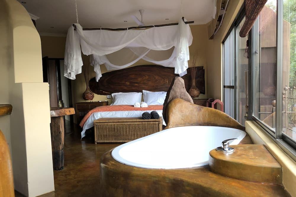 Family Suite, Garden View - Bathroom