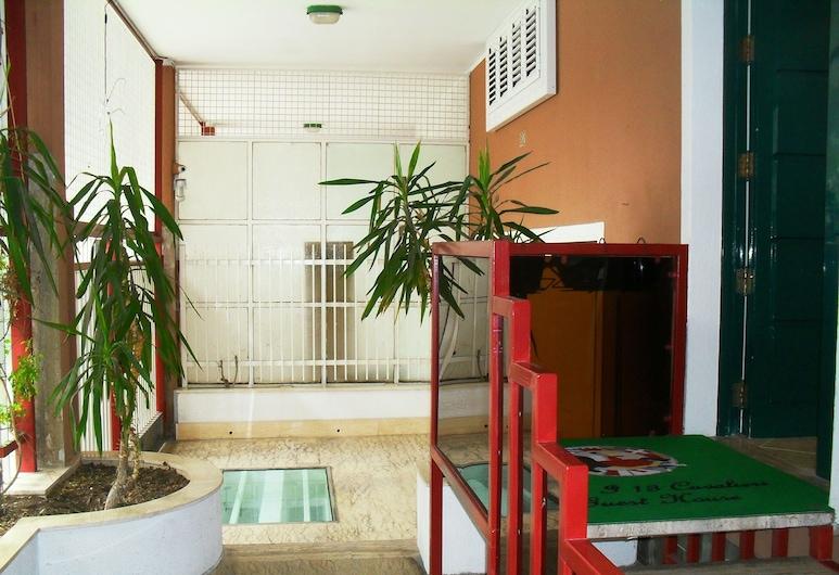 I 13 Cavalieri Guest House, Barletta, Entrada do Hotel