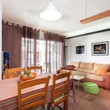 Apartment, 3 Bedrooms, Balcony - In-Room Dining
