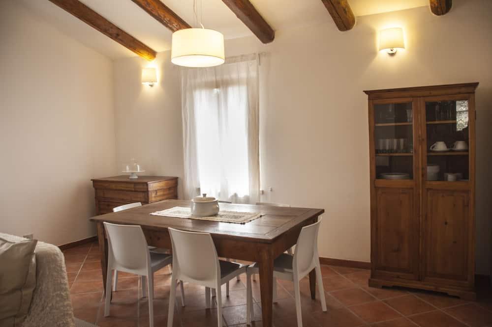 อพาร์ทเมนท์, 2 ห้องนอน, วิวภูเขา - บริการอาหารในห้องพัก