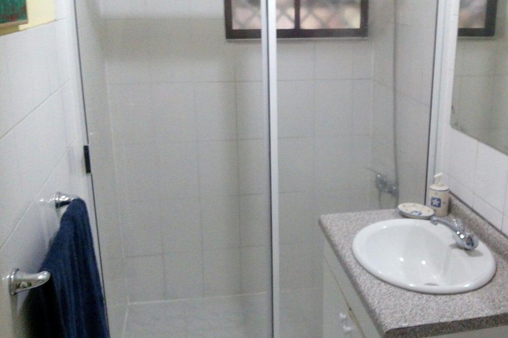 Standard Triple Room, Berbilang Katil - Bilik mandi