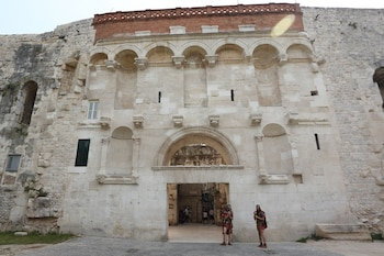 Picture of Golden Gate Rooms in Split