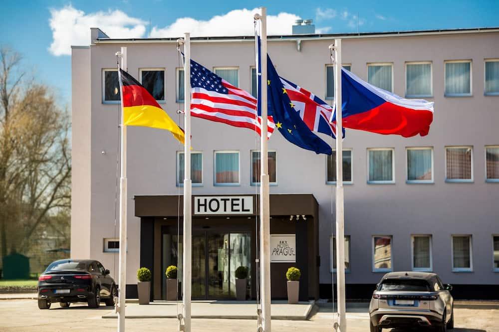 SKY Hotel Prague