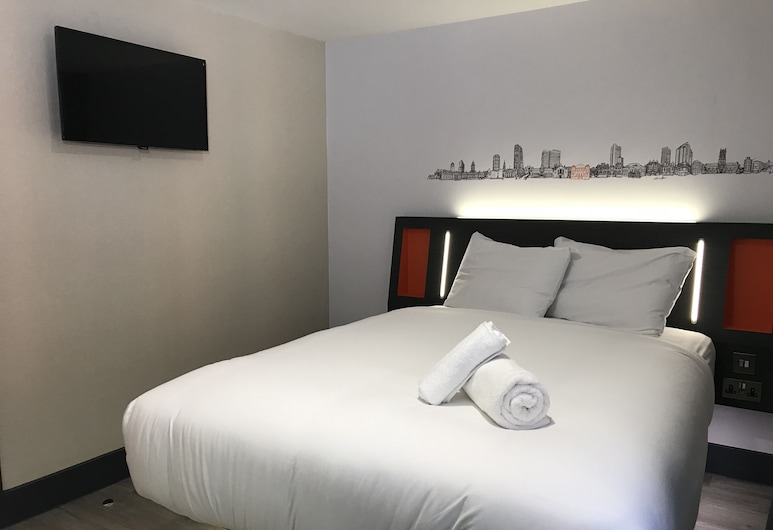 easyHotel London City Shoreditch, London, Standard Double Room, 1 Double Bed, Accessible, Guest Room
