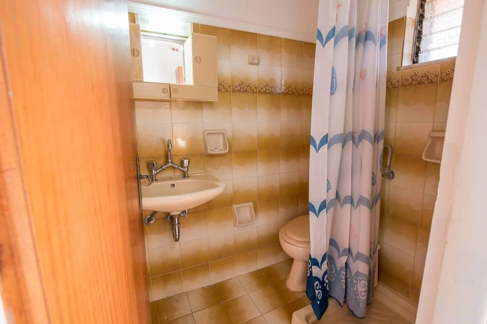 Family Studio, 1 Bedroom - Bathroom