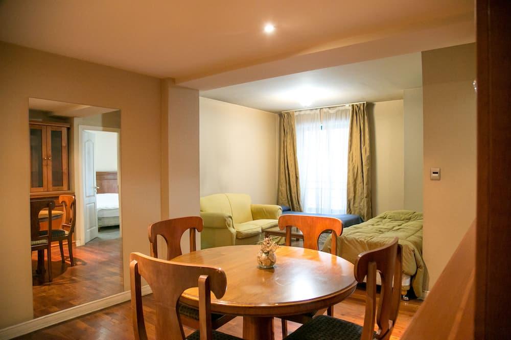 Apartamento (E01) - Zona de estar