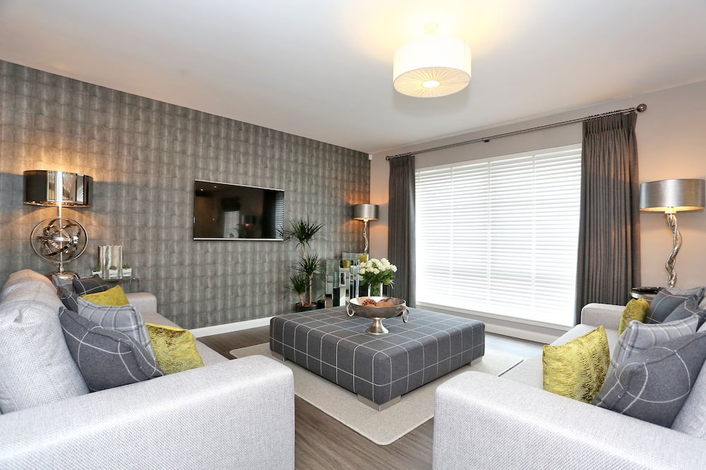 Town & Country Apartments -Priory Park