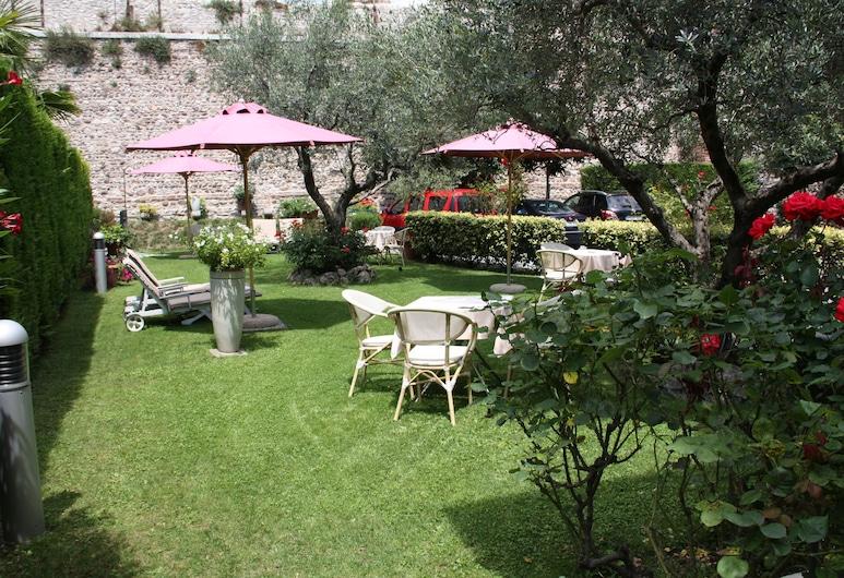 Hotel Villa Cansignorio, Lazise, Κήπος