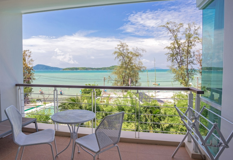 Almali Rawai Beach Residence, Rawai, Deluxe Oceanfront Premier Two-Bedroom Suite, Terrace/Patio