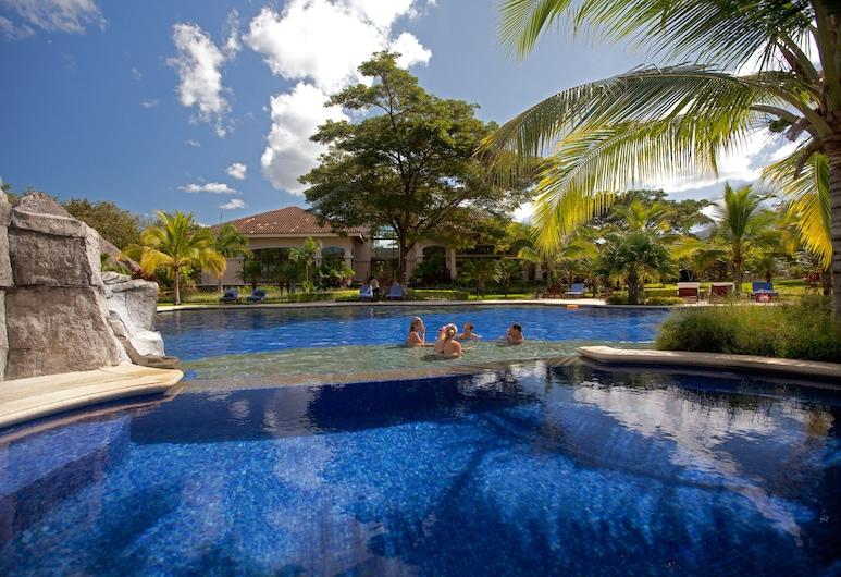 Pura Vida Villa in Playa Ocotal, El Ocotal, Utendørsbasseng