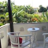 Family Villa - Balcony