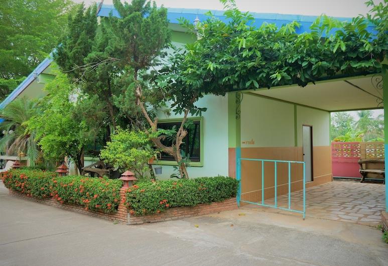 V.I.P Resort, Сукотай