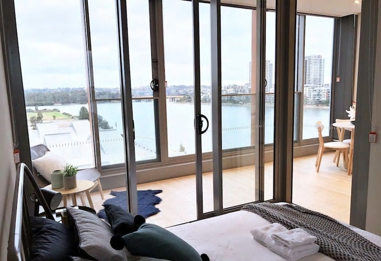 The Waterfront, Wentworth Point, Apartamento Deluxe, 2 habitaciones, vistas al río, frente al mar, Habitación