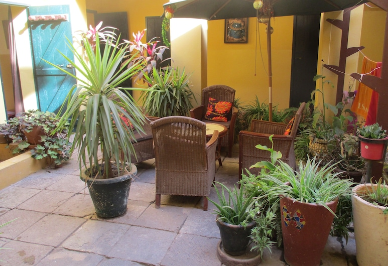 Chez Eric, Dakaras, Terasa / vidinis kiemas