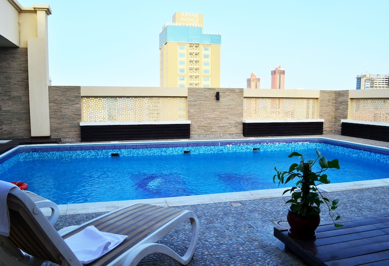 키예프 타워 호텔 아파트먼트, 마나마, 야외 수영장