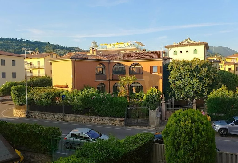 Corte San Dionigi Apartments, Garda