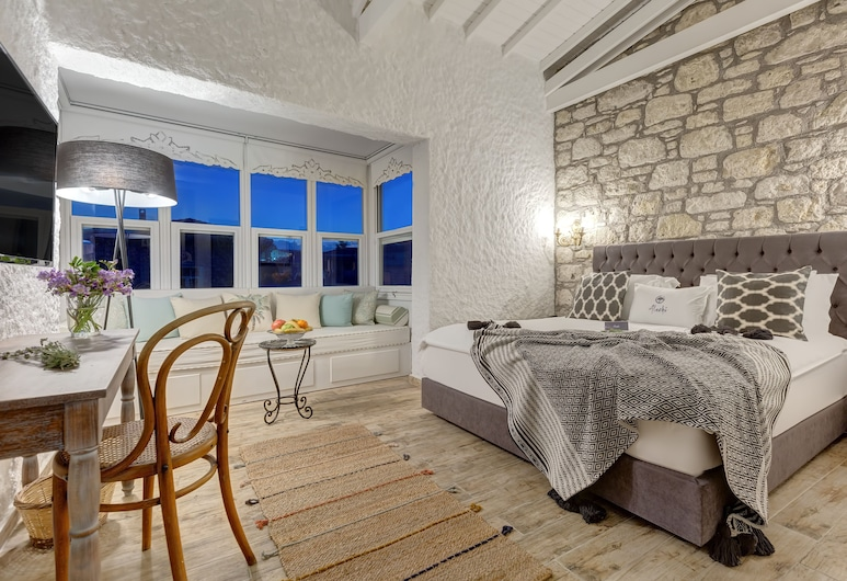 Alachi Hotel, Çeşme, Double Room with Bay Window, Oda