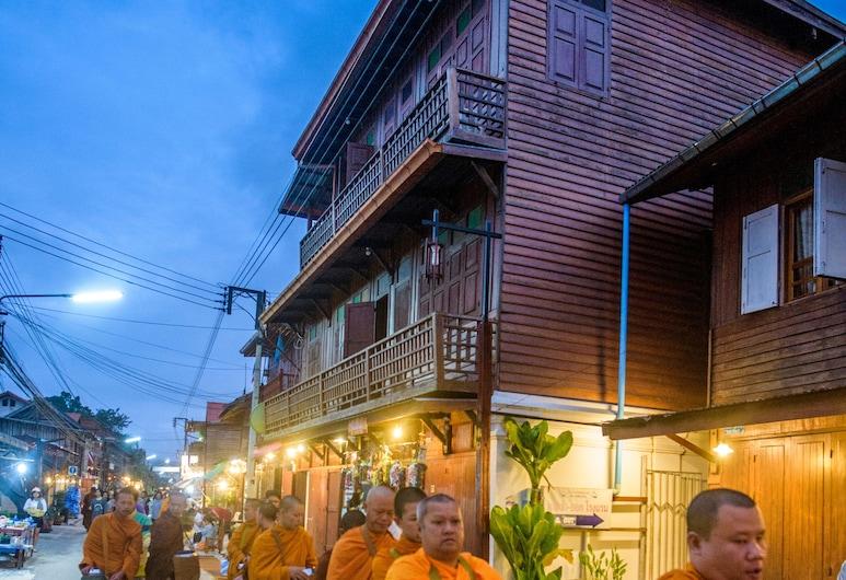 Bankong Rimkhong, Chiang Khan, Hotel homlokzata