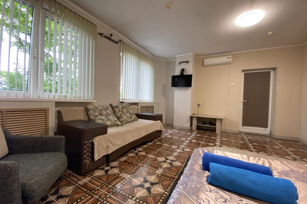 Family Room, City View, Ground Floor - Guest Room
