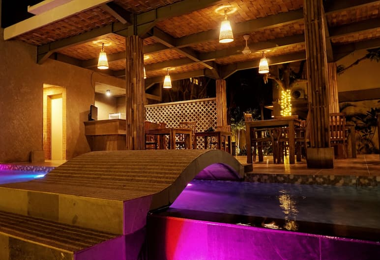 The Inn by Sunsethouse, Senggigi, Bagian luar