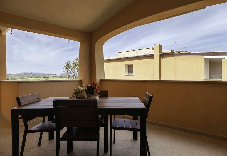 ARIA DI VACANZA - GELSI, Olbia, Classic Apartment, 2 Bedrooms, Balcony