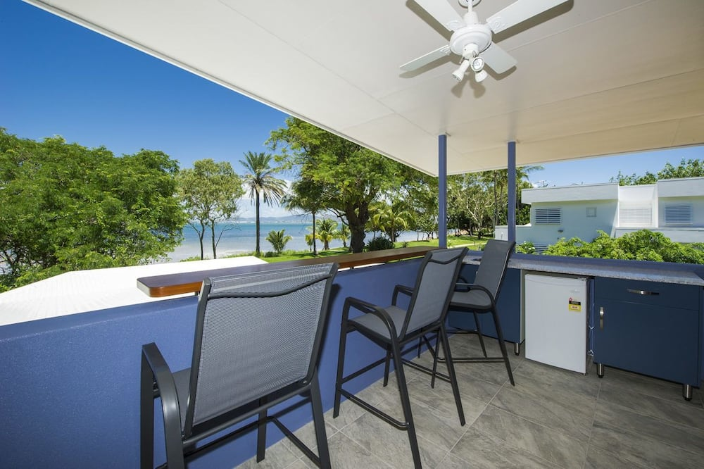 Maison Supérieure, 4 chambres, accès piscine, en front de plage - Balcon