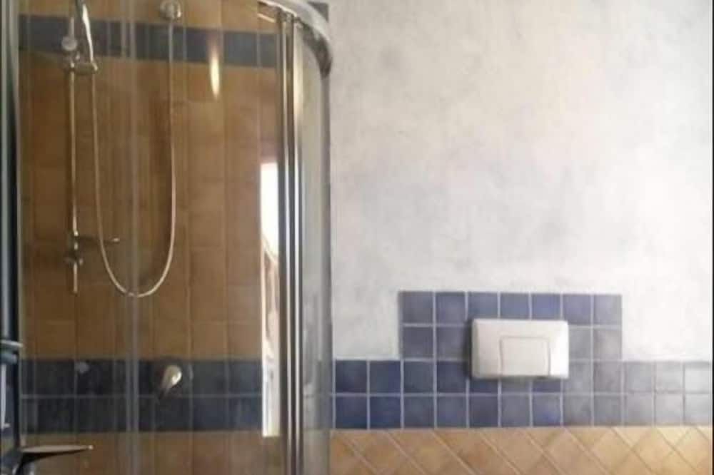 傳統公寓, 2 間臥室 - 浴室