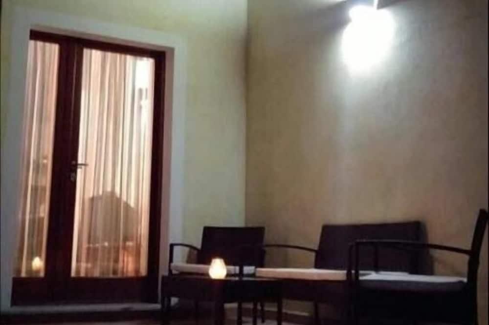 傳統公寓, 2 間臥室 - 客廳