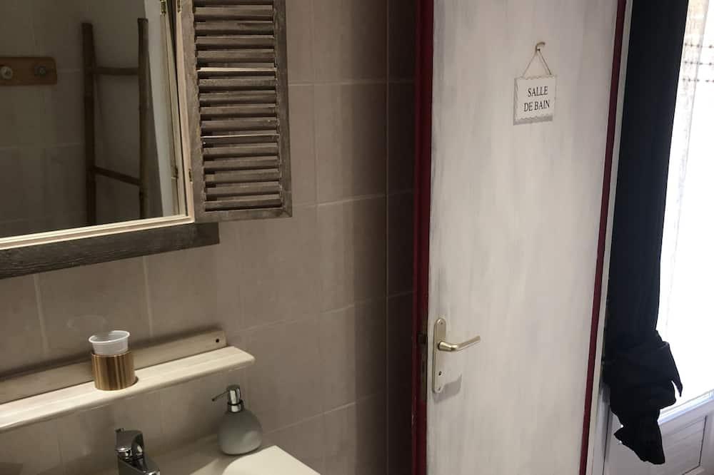 Habitación cuádruple (La Puyfolaise) - Baño