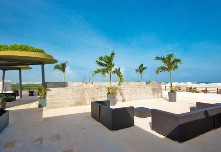 Latitude 20 101 by PRP, Playa del Carmen, Terasa