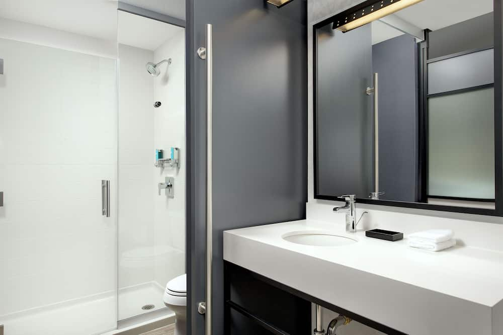 aloft, Suite, 1King-Bett, Nichtraucher - Badezimmer