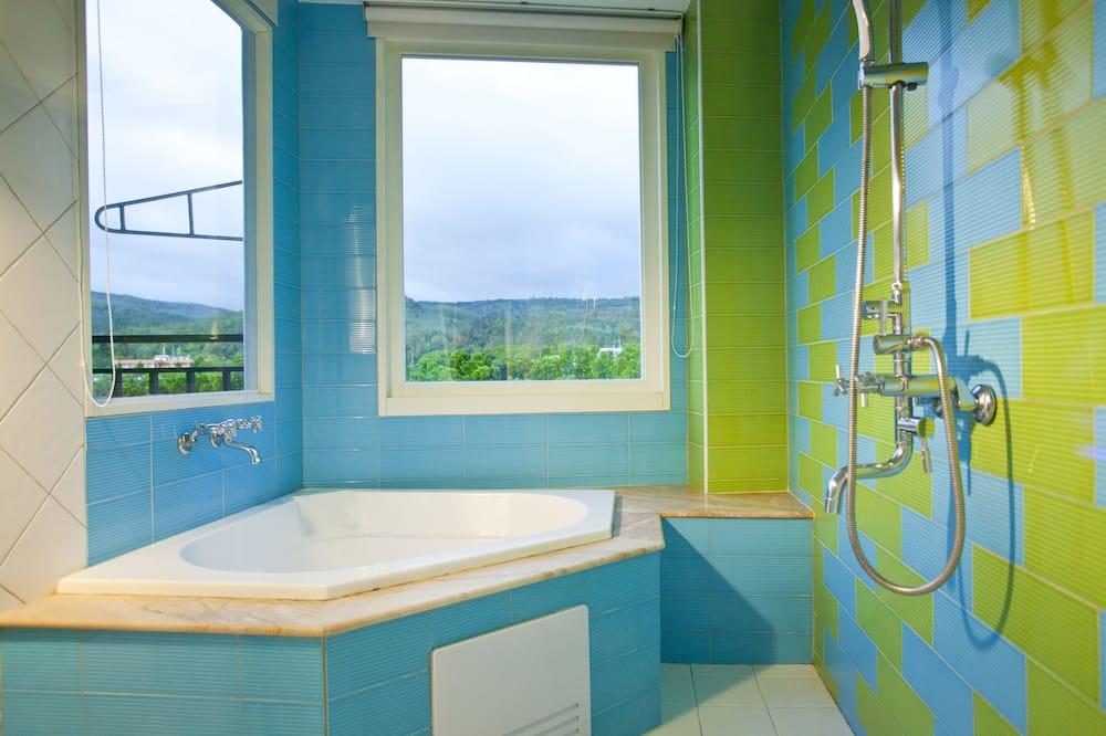 標準雙人房, 1 張加大雙人床, 陽台, 山景 - 浴室