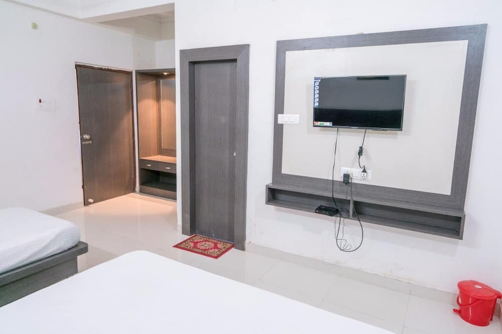 Deluxe trokrevetna soba, 1 spavaća soba, pristup za osobe s invalidnošću, za nepušače - Soba za goste