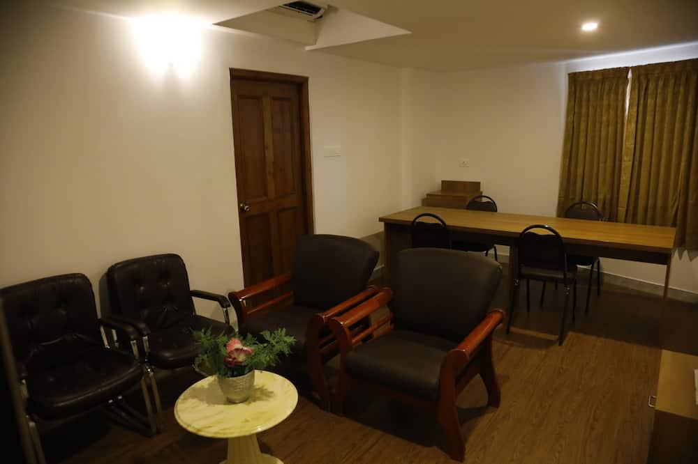 總統套房, 1 張特大雙人床, 吸煙房 - 客廳