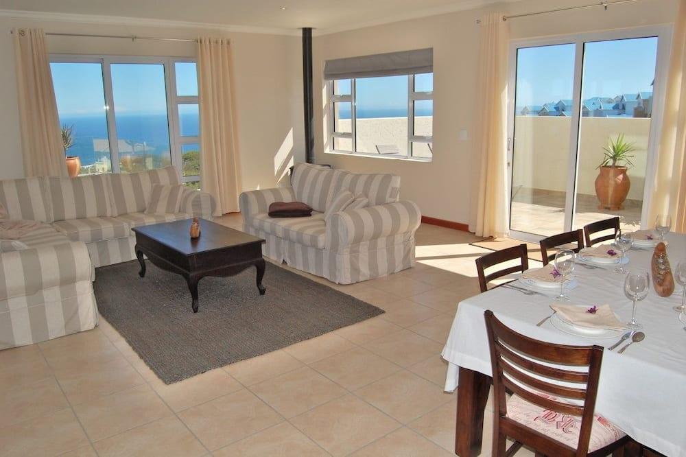 Rumah Comfort, 4 kamar tidur - Area Keluarga