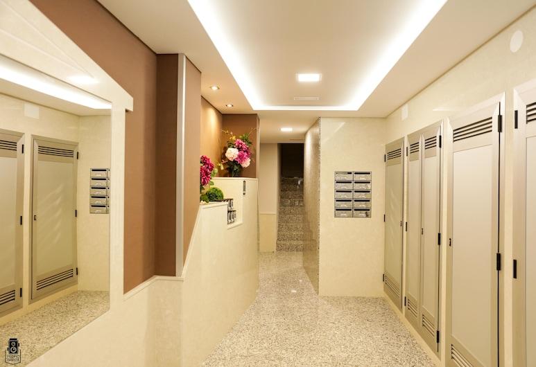 DP 85 Apartamentos, Sarria (Lugo), Vstup do zariadenia