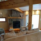 Cottage dành cho gia đình, 5 phòng ngủ, Quang cảnh hồ, Cạnh hồ - Khu phòng khách