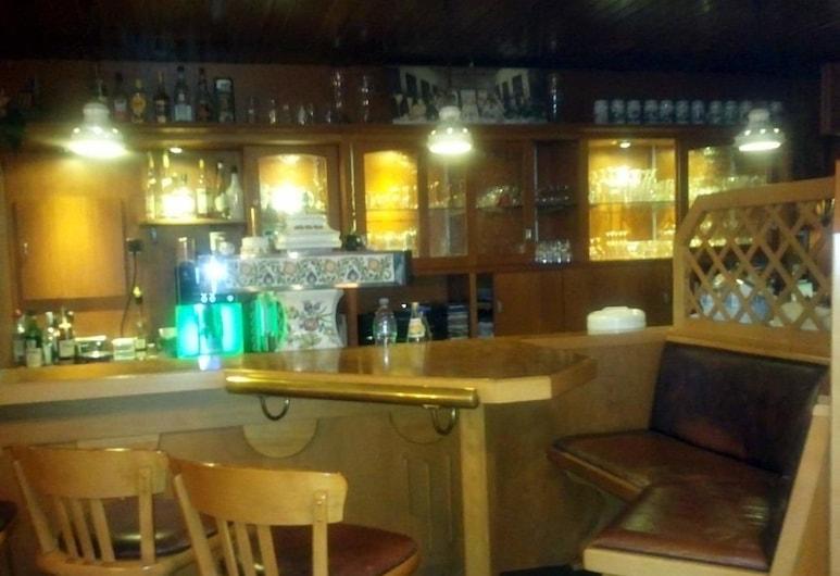 Hotel zum Stern , Baumholder, Bar del hotel