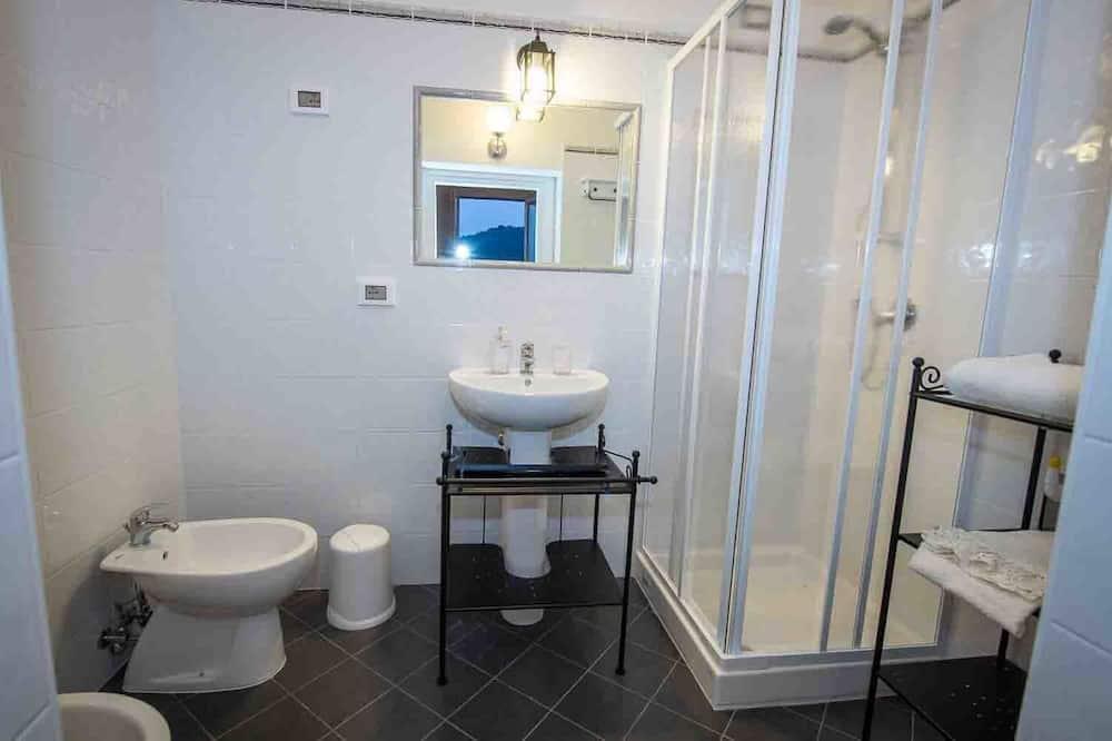 Dvojlôžková izba typu Deluxe, 1 veľké dvojlôžko, súkromná kúpeľňa, orientovaný smerom k oceánu - Kúpeľňa