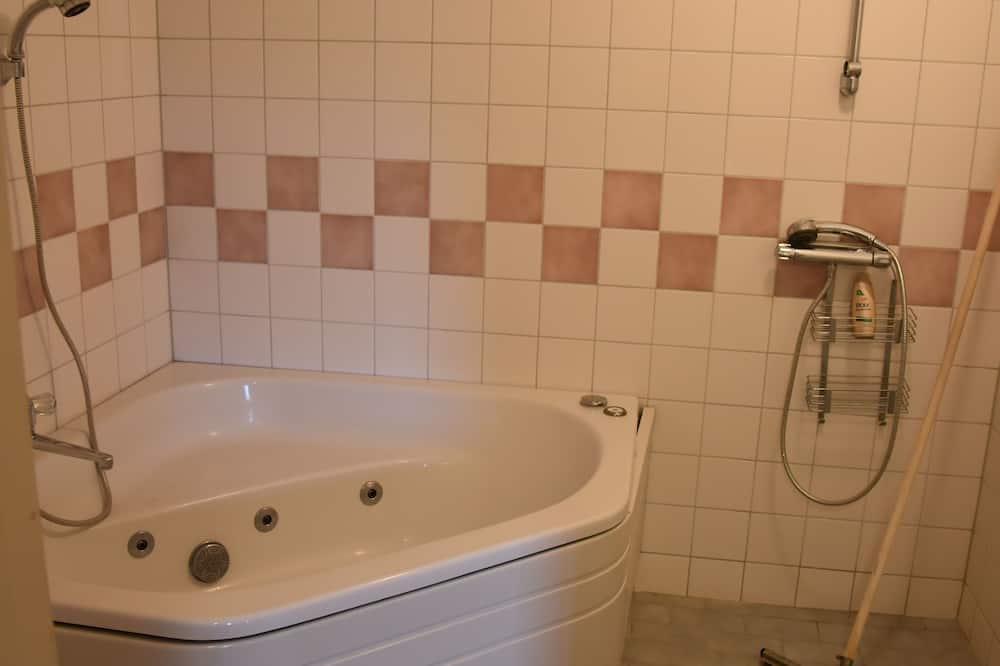 Habitación doble (privat bastu och bubbelpool) - Baño