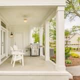 Family Townhome, 4 Bedrooms - Teres/Laman Dalam