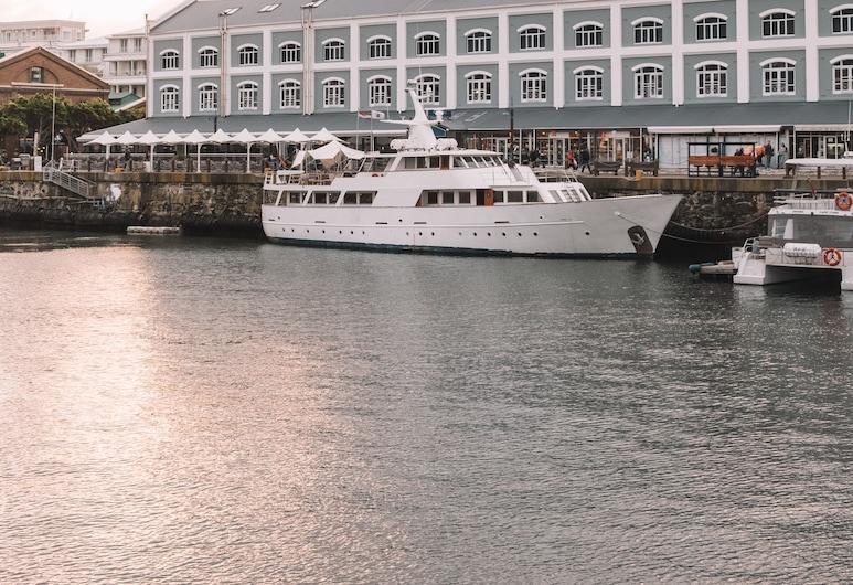 Jackie O Luxury Yacht, Cape Town