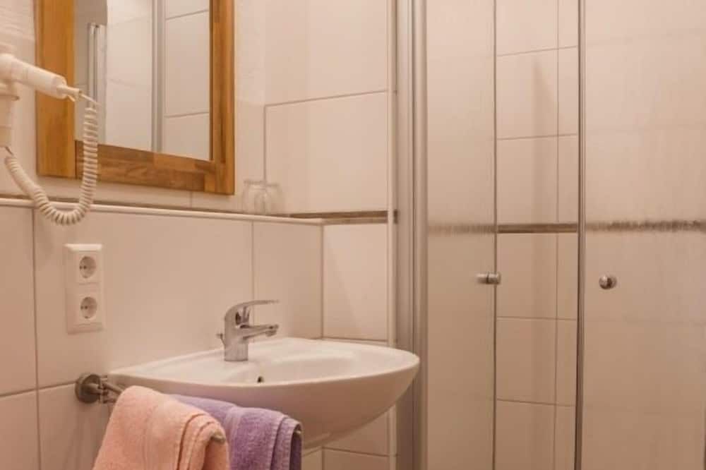 Habitación doble, baño privado - Baño