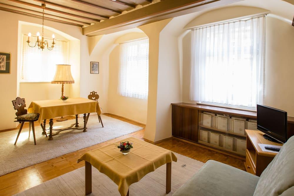 舒適四人房, 1 張標準雙人床和 1 張沙發床 - 客廳