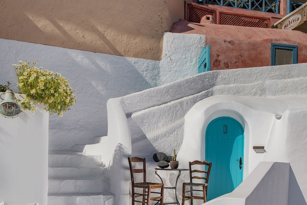 Cave Room with Outdoor Plunge Pool & Caldera View - Balkon