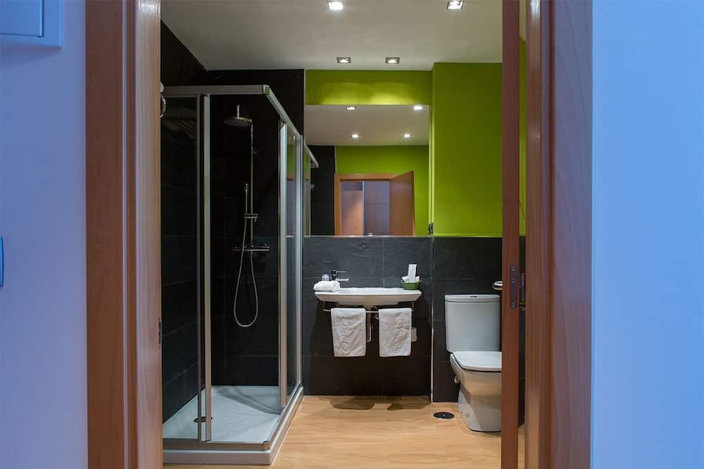 Phòng đôi, 1 giường cỡ queen - Phòng tắm